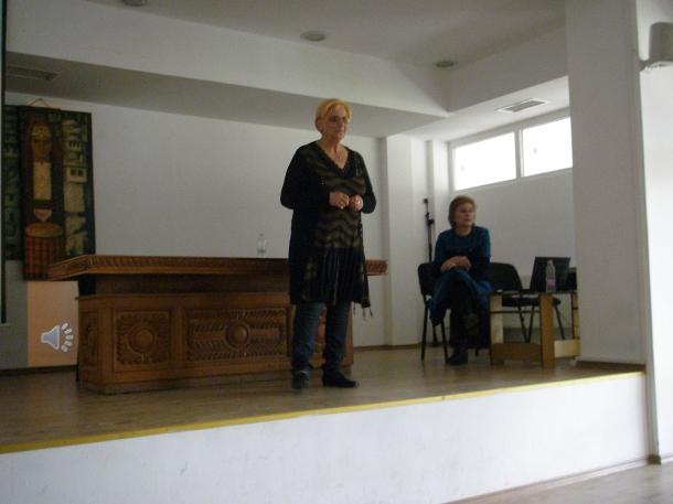 13.04.2016 - В община Казанлък се проведе семинар срещу наркоманията и употребата ...