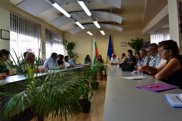 Разгледаха се проектите за саниране на жилищните блокове в Казанлък