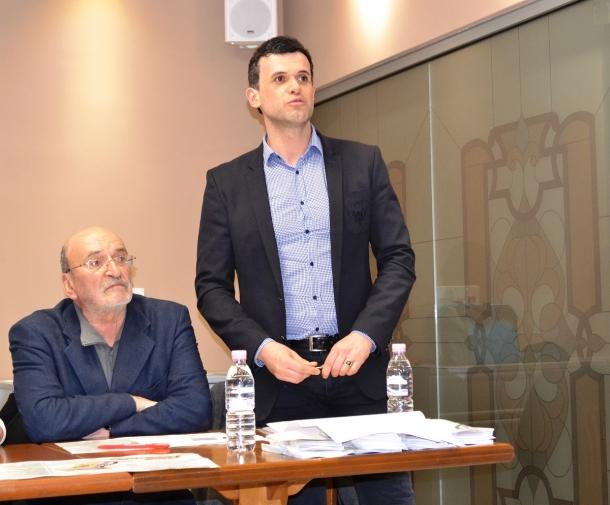 """25.02.2017 - Първа среща на Кмета с домоуправители за обновяването на ж.к.""""Изток"""""""