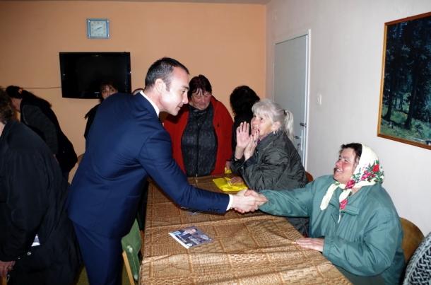 10.03.2017 - Кандидатите за народни представители от ГЕРБ-Казанлък се срещнаха с жители на Хаджидими