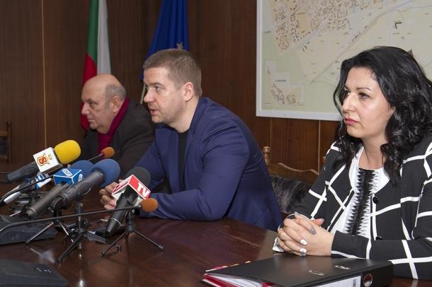Кметът на Стара Загора Живко Тодоров призова за хигиена на публичното говорене в политическото прост
