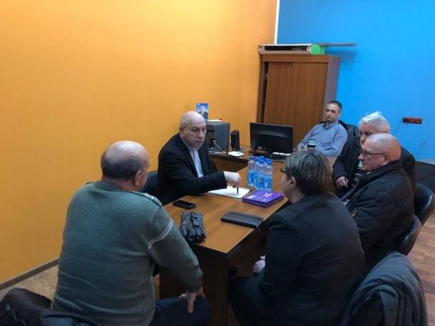 Зам.-председателят на НС Емил Христов се срещна с жители на Казанлък и Павел баня