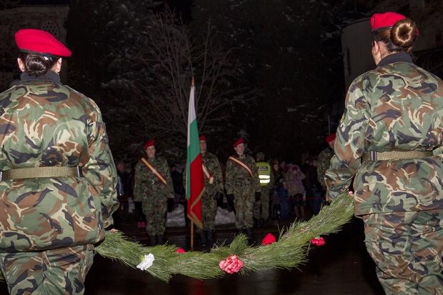 Военен ритуал и проверка-заря в памет на героите от Освобождението се проведе в Стара Загора