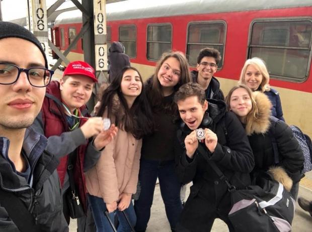 """Старозагорски младежи от клуб """"Дебати"""" с отлично представяне на Национален форум"""