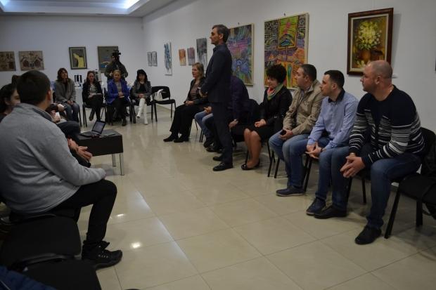 Среща на младите с местната управа