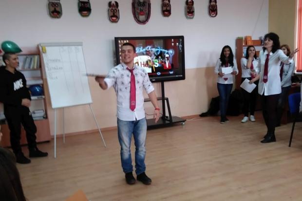 """Технически предизвикателства за учениците на ПГ """"Иван Хаджиенов"""""""