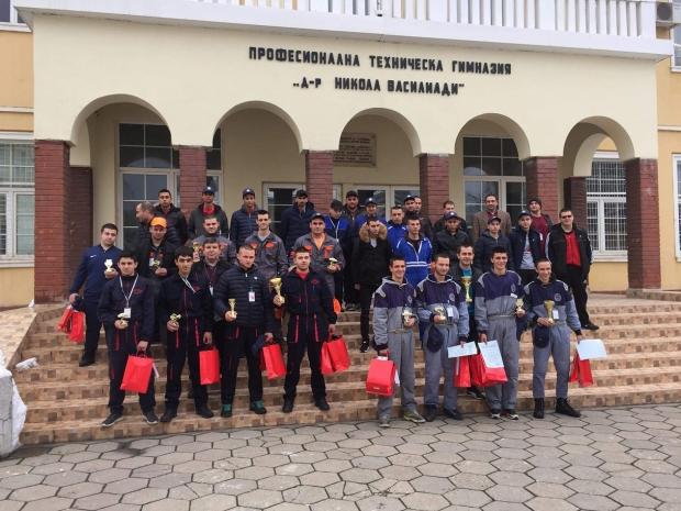ПГ по транспорт и транспортен мениджмънт - Казанлък отново сред първите в региона