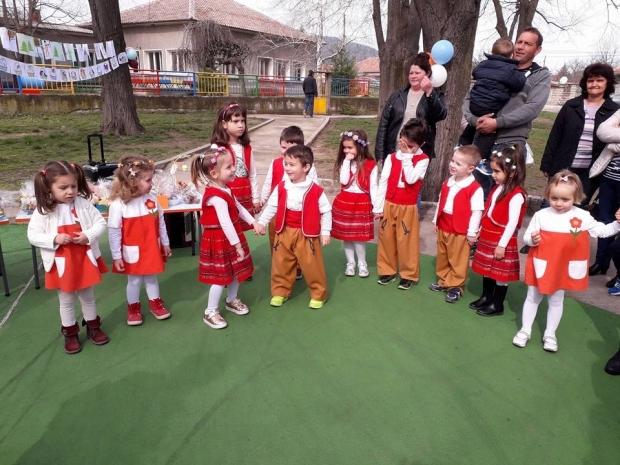 Благотворително от сърце в село Розово