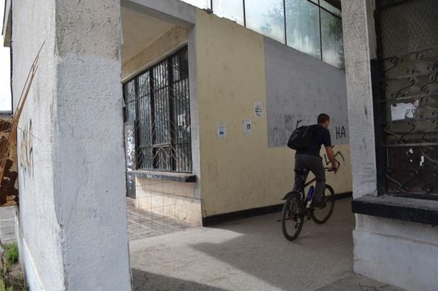 Цялостната реконструкция на едно от най-занемарените обществени пространства в града предвижда почис
