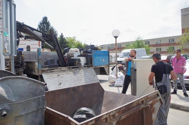 Акция - едрогабаритни отпадъци