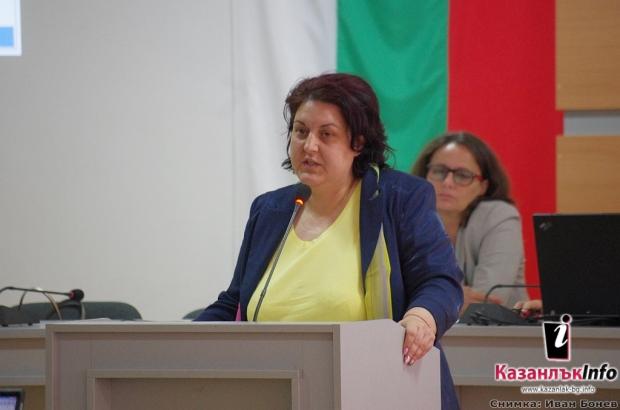 28.05.2018 - Общински съвет, сесия: Моника Динева