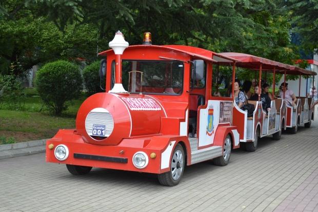 Започват летните разходки с влакчета в Казанлък