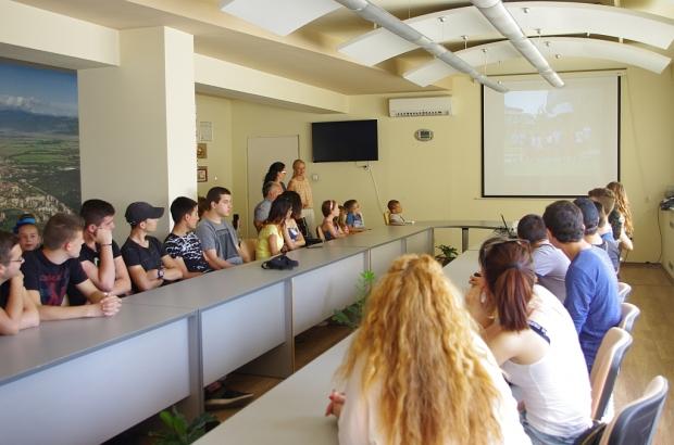 """3-те """"Най -добри класа"""" благодариха на Община Казанлък за гостуването в СОК """"Камчия"""""""