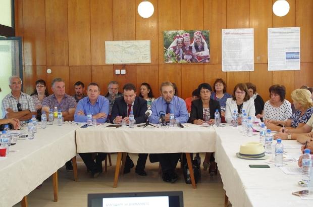 10.07.2018 - Обсъждаха проектът за закон за българската маслодайна роза
