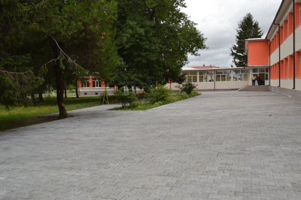 ОУ Кирков двор