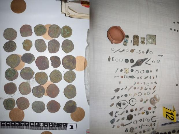 Криминалисти на ОДМВР-Стара Загора откриха и иззеха голямо количество предмети с висока културно-ист
