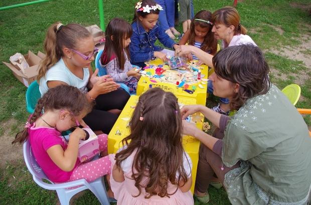 Жени ГЕРБ - Казанлък организираха творческо ателие за деца