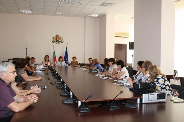 Обсъждаха механизъм за образователната система на деца и ученици в задължителна предучилищна и учили
