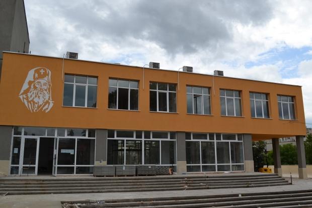 """Среща за напредъка по ремонта на СУ """"Екзарх Антим I"""""""