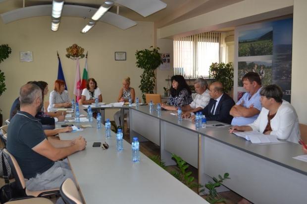 """Започва процедура по учредяване на Организация за управление на туристически район """"Долина на розите"""