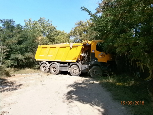 Над 144 тона боклук от Казанлък замина към депата