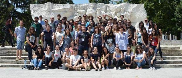 """16 учители от програмата на """"Заедно в час"""" ще преподават в Старозагорско през новата учебна година"""