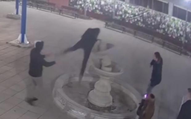 По обвинителен акт на Районна прокуратура-Казанлък е осъден 18-годишен младеж за унищожаване на фонт