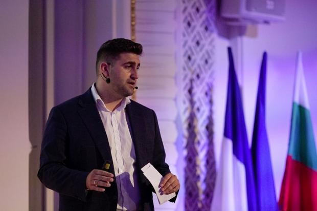 Андрей Новаков стартира първата българска социална мрежа за села и градове - Selovoditel
