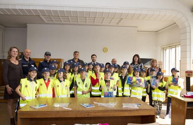 "Старозагорски ученици се обучават по програмата ""Детско полицейско управление"""