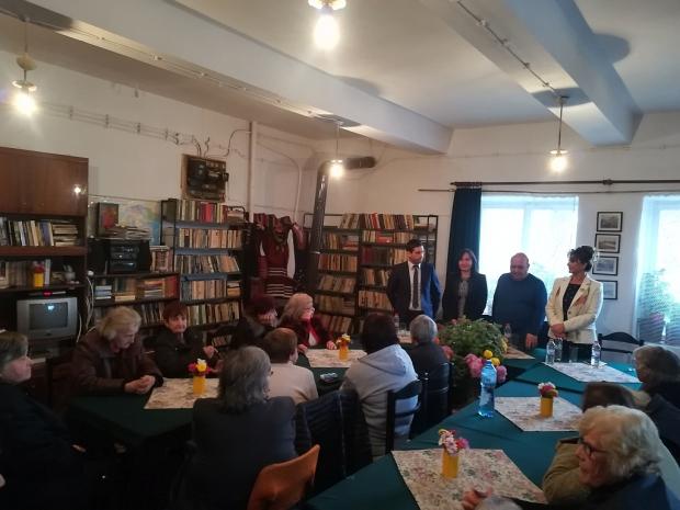 Жители на две старозагорски села се срещнаха с представители на три институции