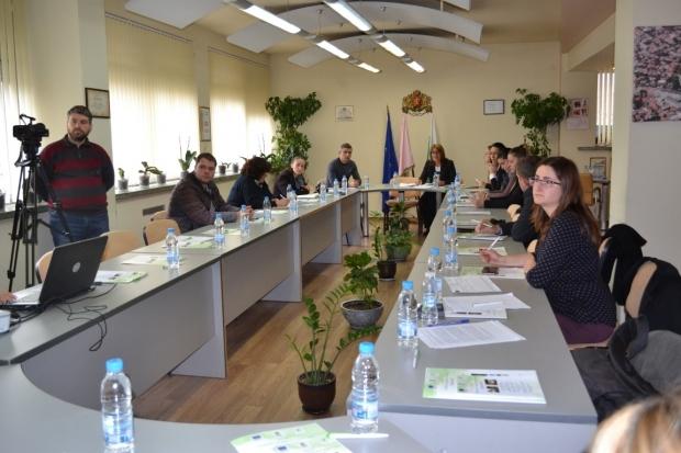 """Заключителна пресконференция по проект """"Обновяване на градската среда в град Казанлък"""""""