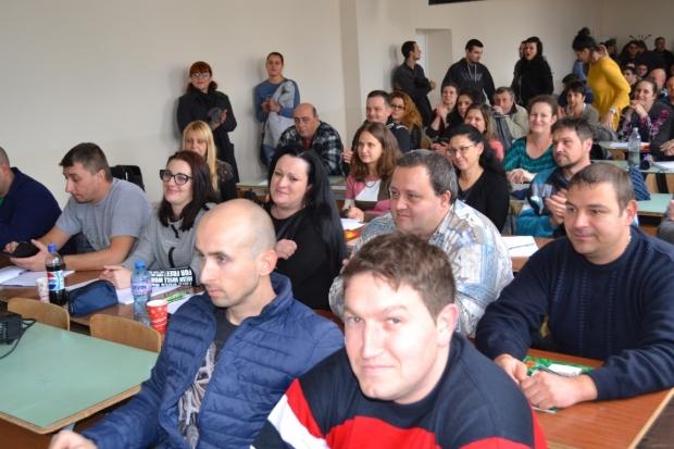 Поздрави от Кмета за студентите на Технически колеж - Казанлък