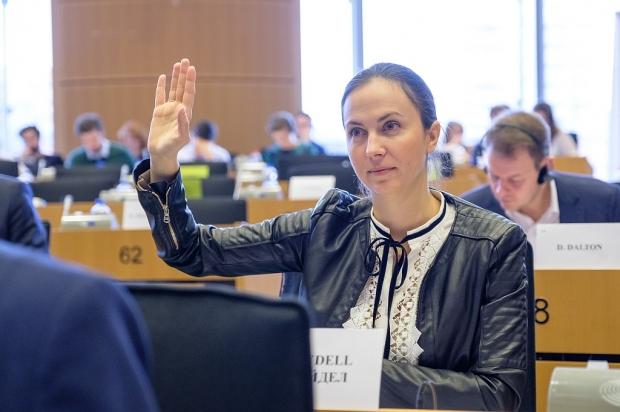 Евродепутатът от ГЕРБ/ЕНП Ева Майдел: Приближаваме се към пълното премахването на двойните стандарти