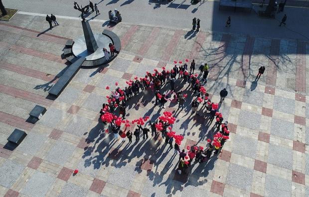 Старозагорски младежи организират кампания за любовта