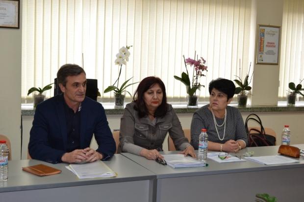 """Управителят на МБАЛ-Казанлък д-р Кети Маналова: """"Никога болницата в Казанлък не е била в по-добро съ"""