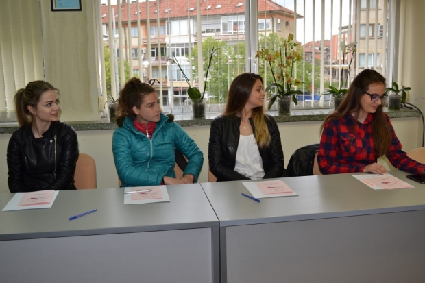 Първа среща на кандидатките за Царица Роза 2019