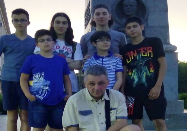 """""""Дунавски струни"""" донесе нови награди на китаристите при НЧ """"Възродена Искра – 2000"""""""
