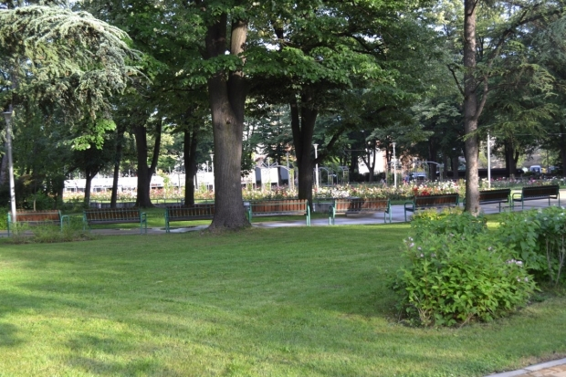 Предстои обработка на зелени площи срещу кърлежи