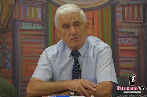 генерала от резерва Златан Стойков