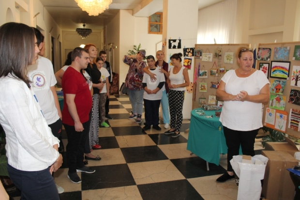 МЦР-Взаимопомощ подпомогна отново Дневния център за деца и възрастни хора с увреждания