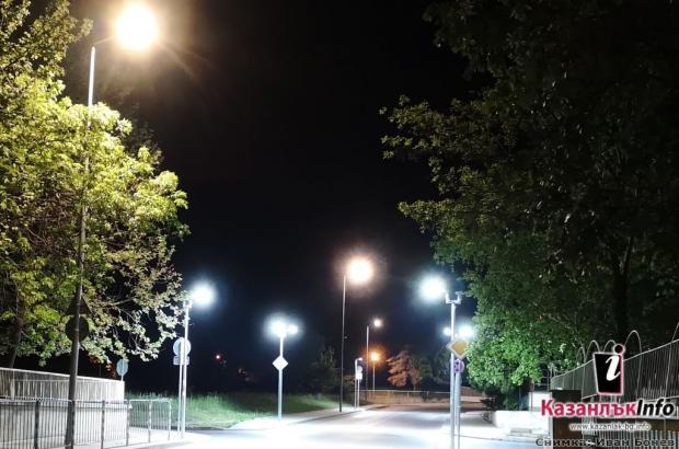Лед улично осветление