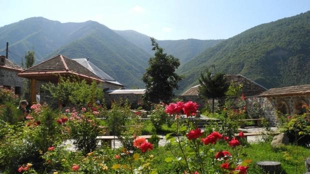 Побратимяване на Казанлък със Загатала, Азербайджан