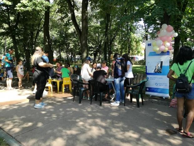 """Мобилна """"Творителница"""" в парк """"Розариум"""" трета поредна седмица"""