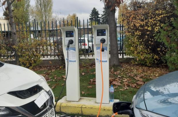 зарядни станции за елетромобили