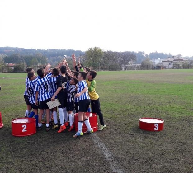 Приключиха финалните срещи на Общинското първенство по футбол за 5-7 клас и започва турнирът за 8-10