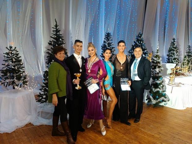 """КСТ """"Роза"""" при ОДК """"Св. Ив. Рилски"""" завърши годината с великолепен Коледен бал в ресторант """"Казанлък"""
