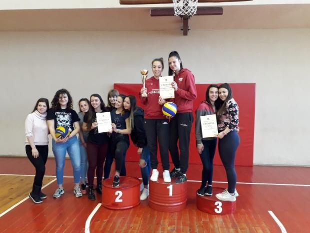 Финал на Общинския кръг по волейбол за 8 – 10 клас