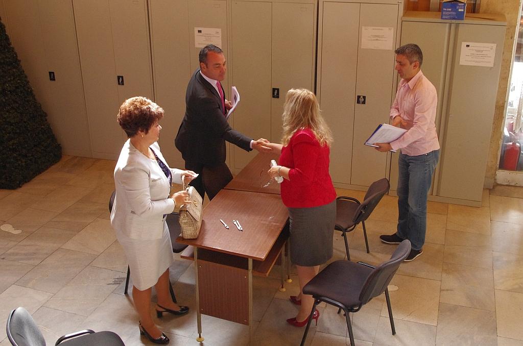 ГЕРБ – Казанлък регистрира кандидатите си за кметове и листата за общински съветници
