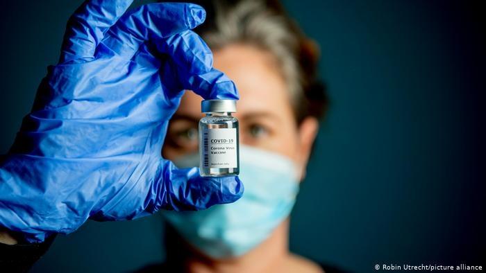 Мобилни ваксинационни пунктове на открито продължават